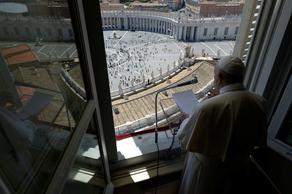 Pope of Rome: human life is more valuable than the economy