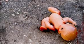დედა, რომელმაც 1 წლის შვილი ტირილის გამო გაგუდა, ციხეში გაუშვეს