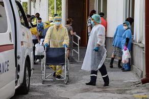 В Армении за сутки COVID-19 инфицированы 339 человек