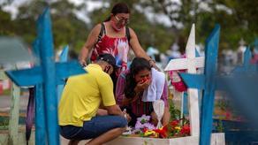 В Бразилии число смертей от COVID-19 превысило полмиллиона