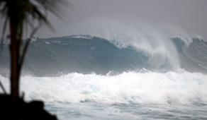 Шторм в Анаклии повредил береговую линию