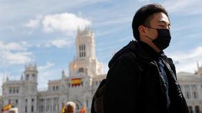 В Испании за последние сутки от коронавируса умерли 838 человек
