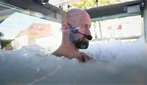 Мировой рекорд по нахождению во льду установил житель Австрии